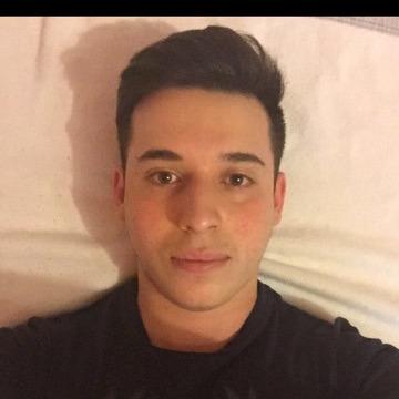 Selim, 23, Dusseldorf, Germany