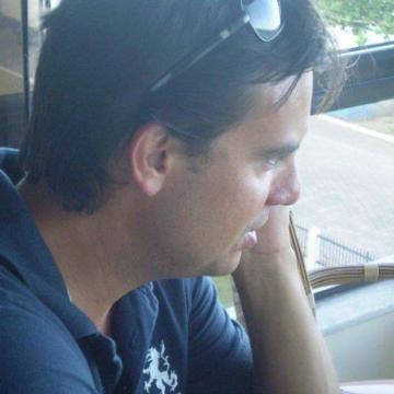 Denis Roncaglio Ravache, 22, Curitiba, Brazil