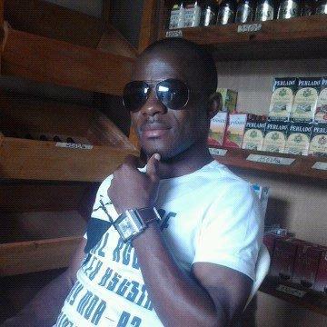 amakou, 35, Yaounde, Cameroon