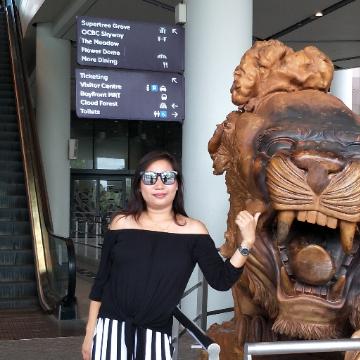 Conie Cagat Stamonica, 37, Singapore, Singapore