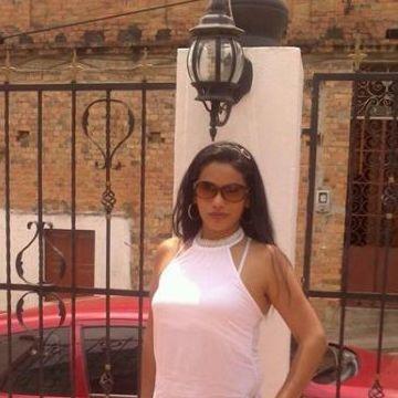 Paola, 36, Bogota, Colombia