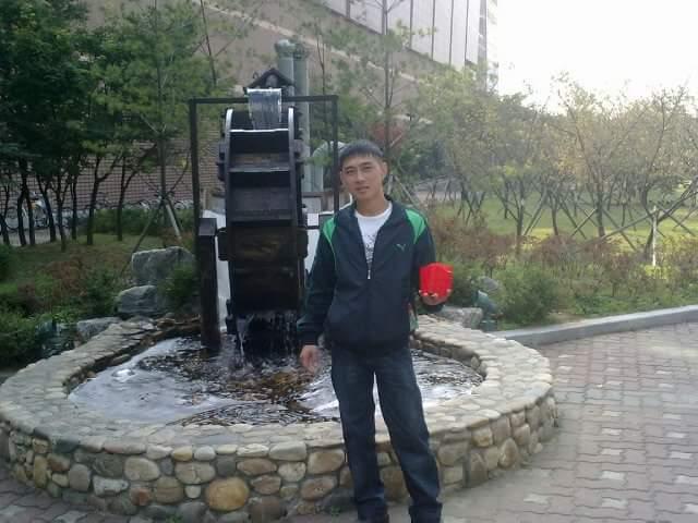 Саша Югай, 35, Seoul, South Korea