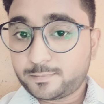 Maina Taamir, 36, Abu Dhabi, United Arab Emirates