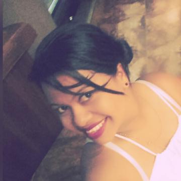 Esperanza, 36, Cartagena, Colombia