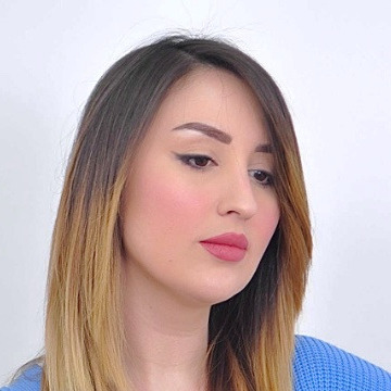 Loubna, 27, Algiers, Algeria