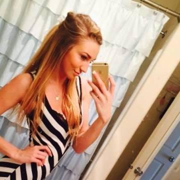 Pamela Roberts, 30, Lombard, United States