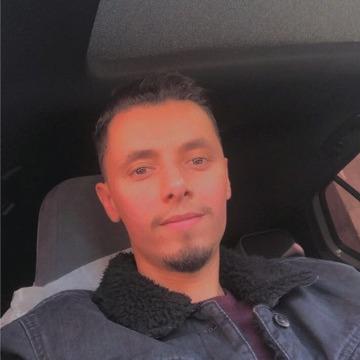 Anes Zahi, 29, Algiers, Algeria