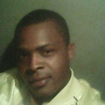 Glenn, 27, Mandeville, Jamaica