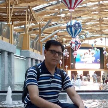 Muhd, 44, Dubai, United Arab Emirates