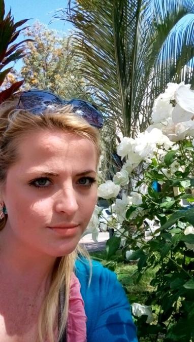 Victoria Olaru, 31, Tel Aviv, Israel