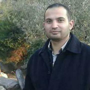 Taher Hasan, 40, Istanbul, Turkey