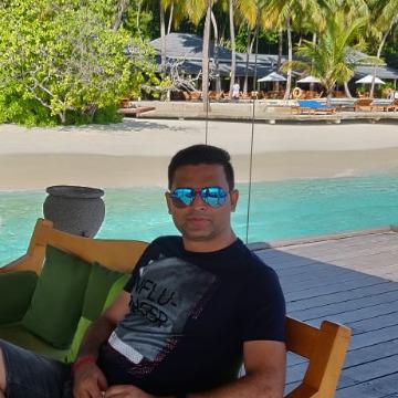 ANUJ  KUMAR, 36, Rishikesh, India