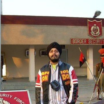 Gurdeepsingh Purswani, 38, Pune, India