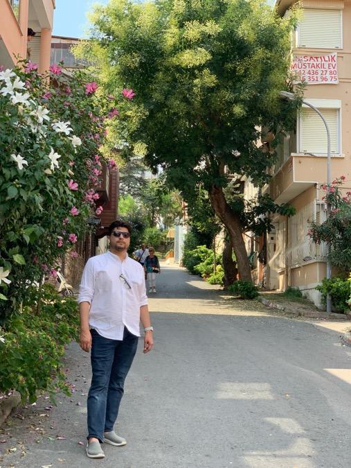 Fareedachakzai Khan, 29, Karachi, Pakistan