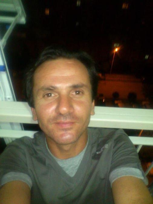 Aydın Kenan, 43, Izmir, Turkey