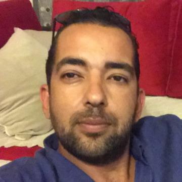 Baha Duru, 36, Antalya, Turkey
