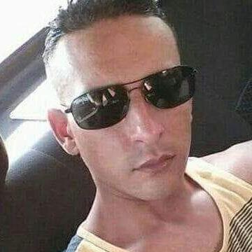 Maximus Carrier, 38, Zapopan, Mexico