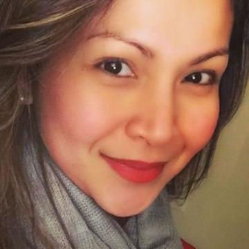 Leila, 33, Peterborough, Canada