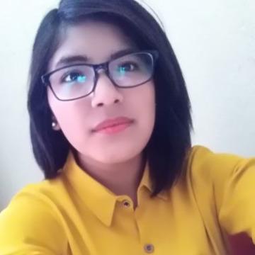 Maria, 24, Lima, Peru