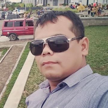 Bang Nasution, 34, Jakarta, Indonesia