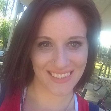 sarah shaner, 29, Georgetown, Canada