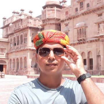 Vijay, 33, Pune, India