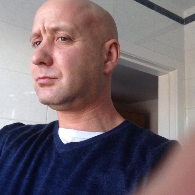 Andrew ma3 , 48, Belfast, United Kingdom