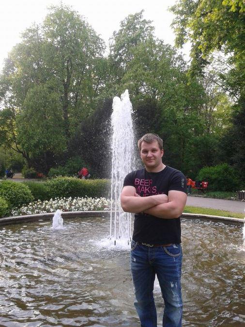 Donatas Steinart, 32, Plattling, Germany