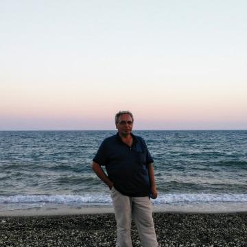Rifat Şimşek, 55, Afyonkarahisar, Turkey