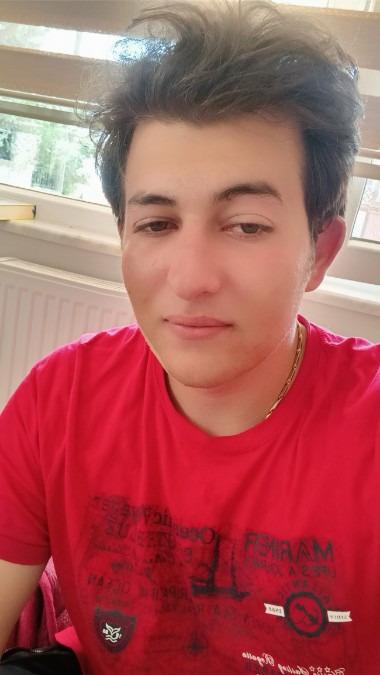Eren, 20, Antalya, Turkey