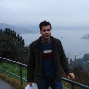 Yusuf Bayrak, 34, Istanbul, Turkey