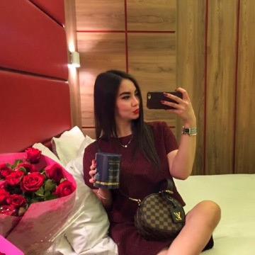 Luna, 22, Almaty, Kazakhstan