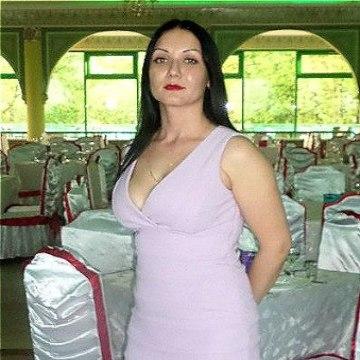 Ульяна Валерьевна, 33, Saint Petersburg, Russian Federation