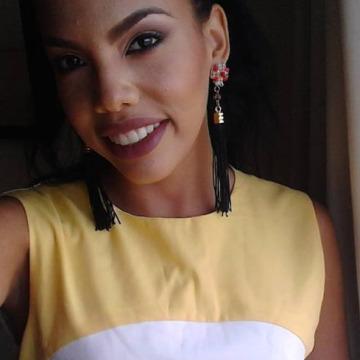 Maria, 22, Miraflores, Peru