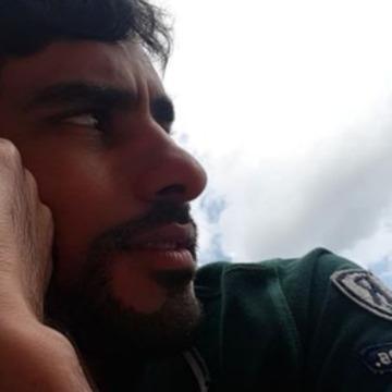 Fahad, 31, Abu Dhabi, United Arab Emirates