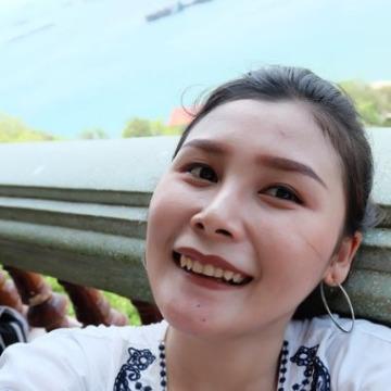Kitiyaporn, 27, Nakhon Thai, Thailand