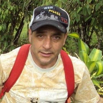 Juan José, 52, Medellin, Colombia