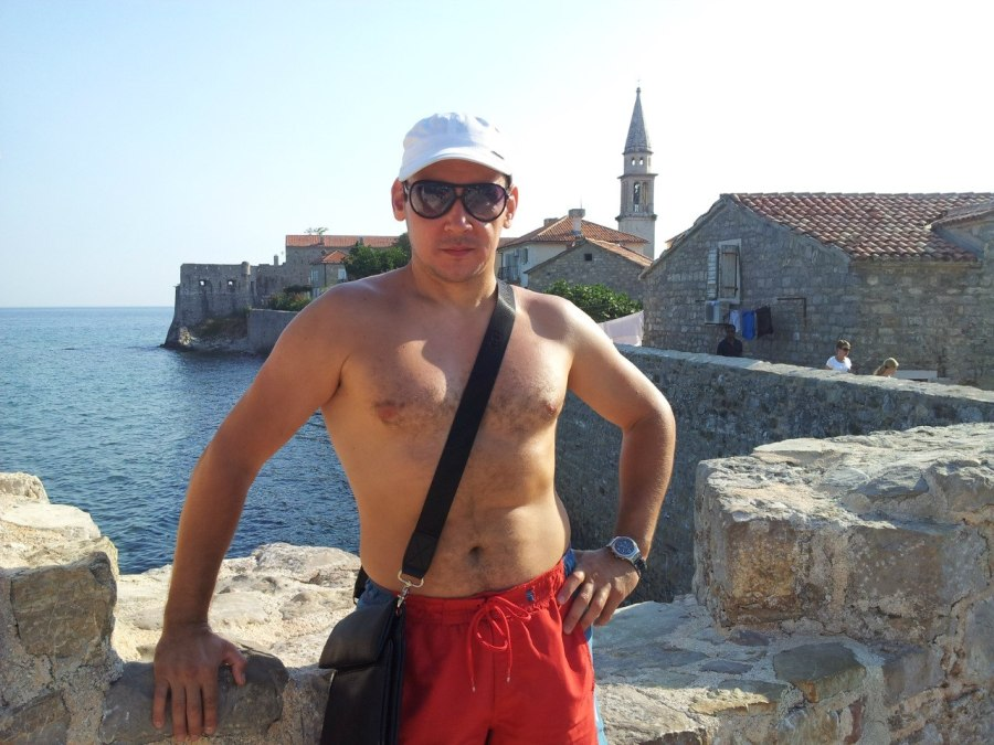 Леонид, 42, Yekaterinburg, Russian Federation