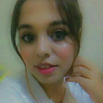 Oumixa Naser, 23, Rabat, Morocco