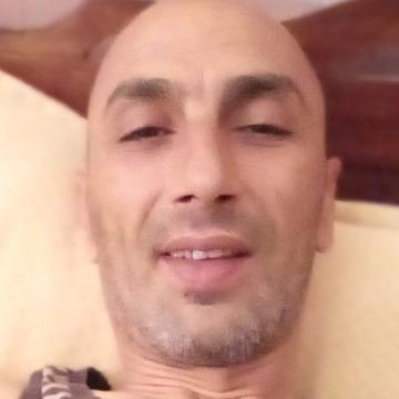 Makrem, 43, Tunis, Tunisia