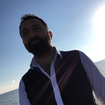 Murat Bayazit, 37, Antalya, Turkey