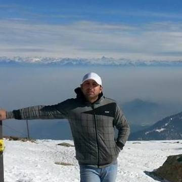 ALI, 35, Srinagar, India