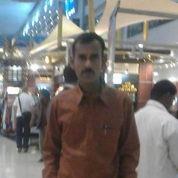 shiva, 46, Dubai, United Arab Emirates
