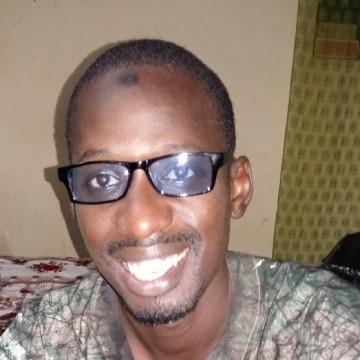 Faye, 33, Dakar, Senegal