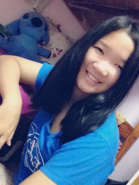 Faii Khemupsorn, 22, Sawang Daen Din, Thailand