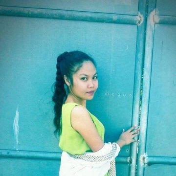 Claren Joy Brillantes, 22, Iloilo City, Philippines