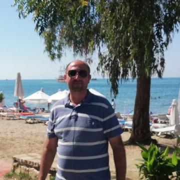 Ersin Uğur, 44, Istanbul, Turkey