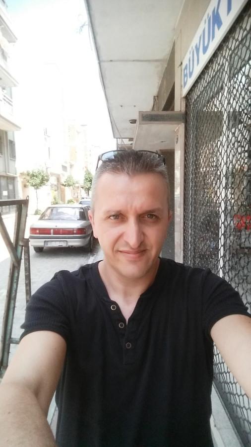 Osman, 46, Izmir, Turkey