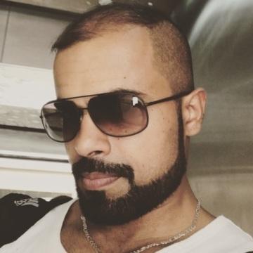 Manz Ali, 35, Dubai, United Arab Emirates