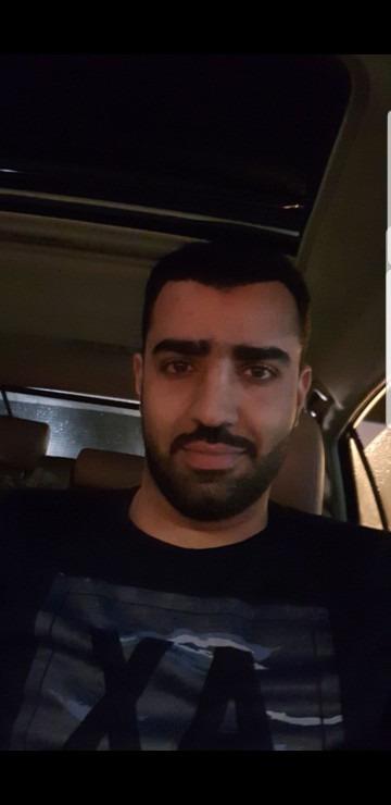 Fahad, 32, Dubai, United Arab Emirates